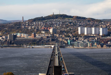 did you know dundee, views over tay bridge to dundee