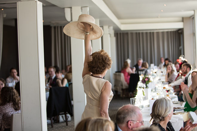 Featured Image for What duties should the mother of the bride perform?