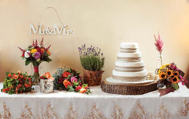 Featured Image for Top 5 Wedding Cake Traditions