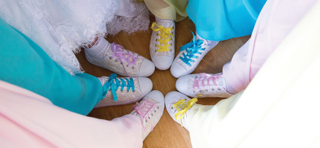 Featured Image for Vibrant + Colourful Wedding at Alona Hotel, Strathclyde Country Park