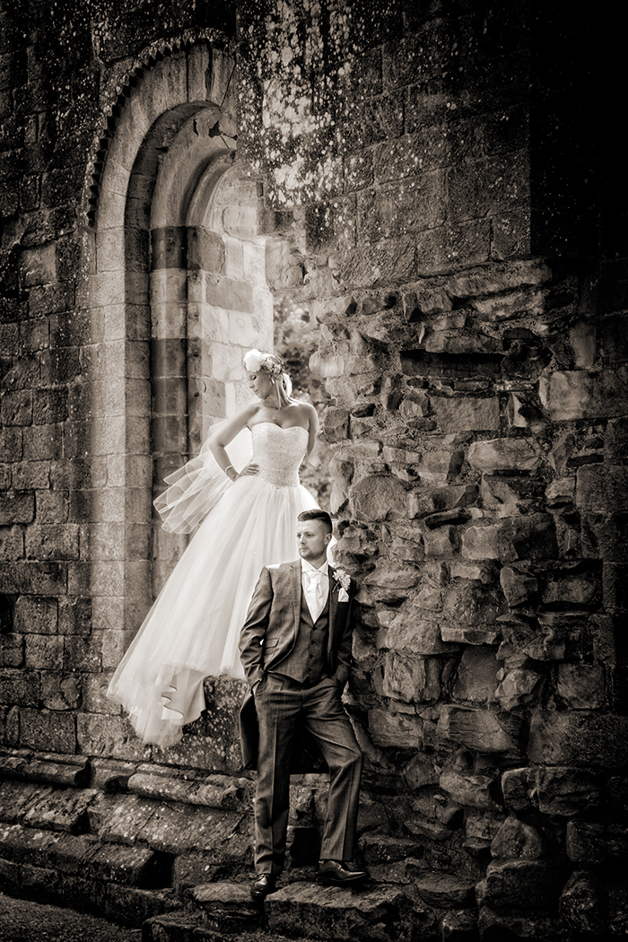 PARRIS PHOTOGRAPHY 317C_MEL_DANNY_DRYBURGH ABBEY_PARRIS_PHOTOGRAPHY