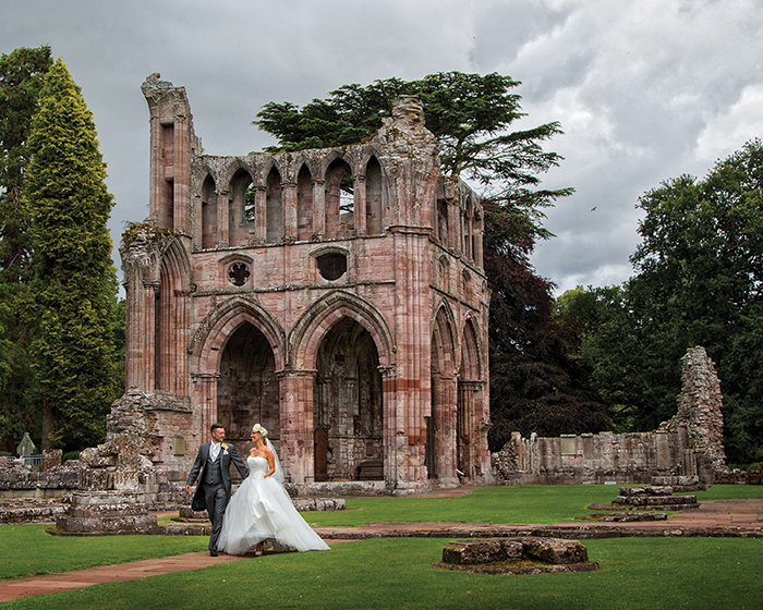 PARRIS PHOTOGRAPHY 332_MEL_DANNY_DRYBURGH ABBEY_PARRIS_PHOTOGRAPHY