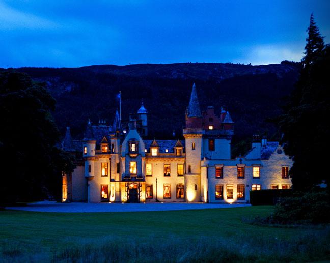 aldourie castle Hen Weekend Scotland