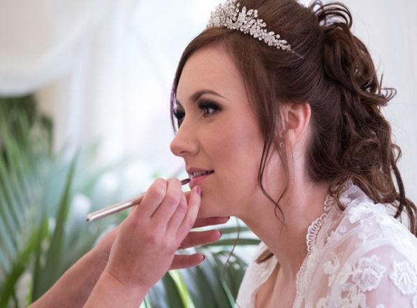 Featured Image for Leslie Sneddon Makeup Artistry