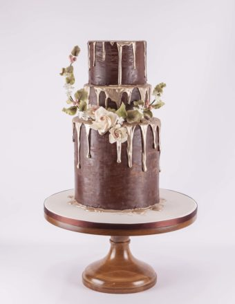 Featured Image for The slice is right: 9 smart ways to save money on your wedding cake