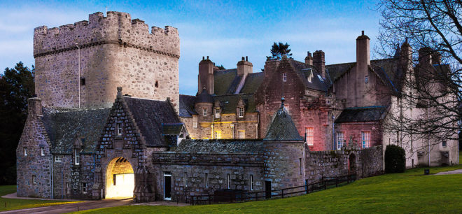 Featured Image for 7 of Scotland's most romantic fairytale castles