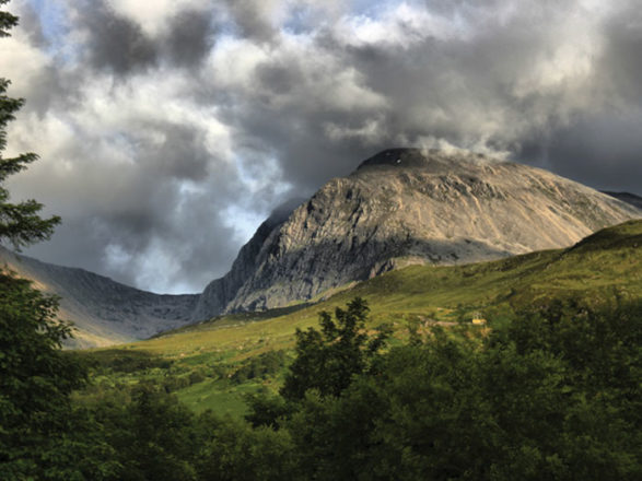 Featured Image for Perfect honeymoon spots in Scotland