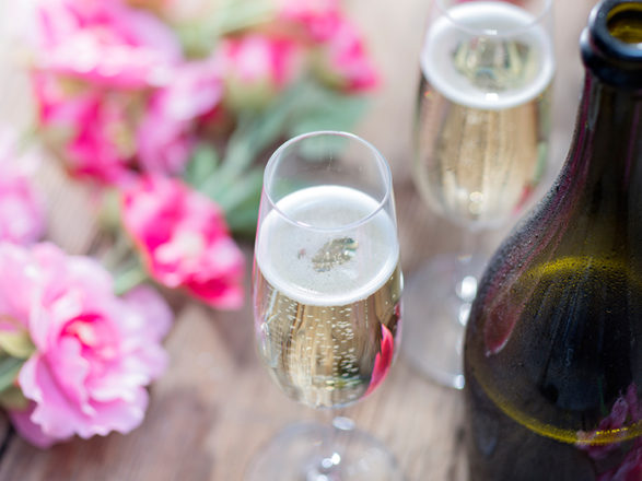Featured Image for Does Lidl's hangover-free Prosecco really work?
