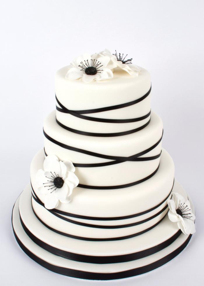 Anemone wedding cake - Heavenly Tiers