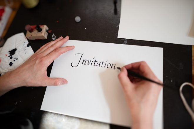 Featured Image for Our opinion: Do I have to send traditional wedding invitations?