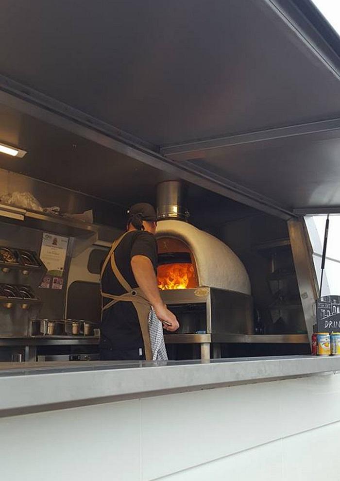 Pizza Via Pizza Van