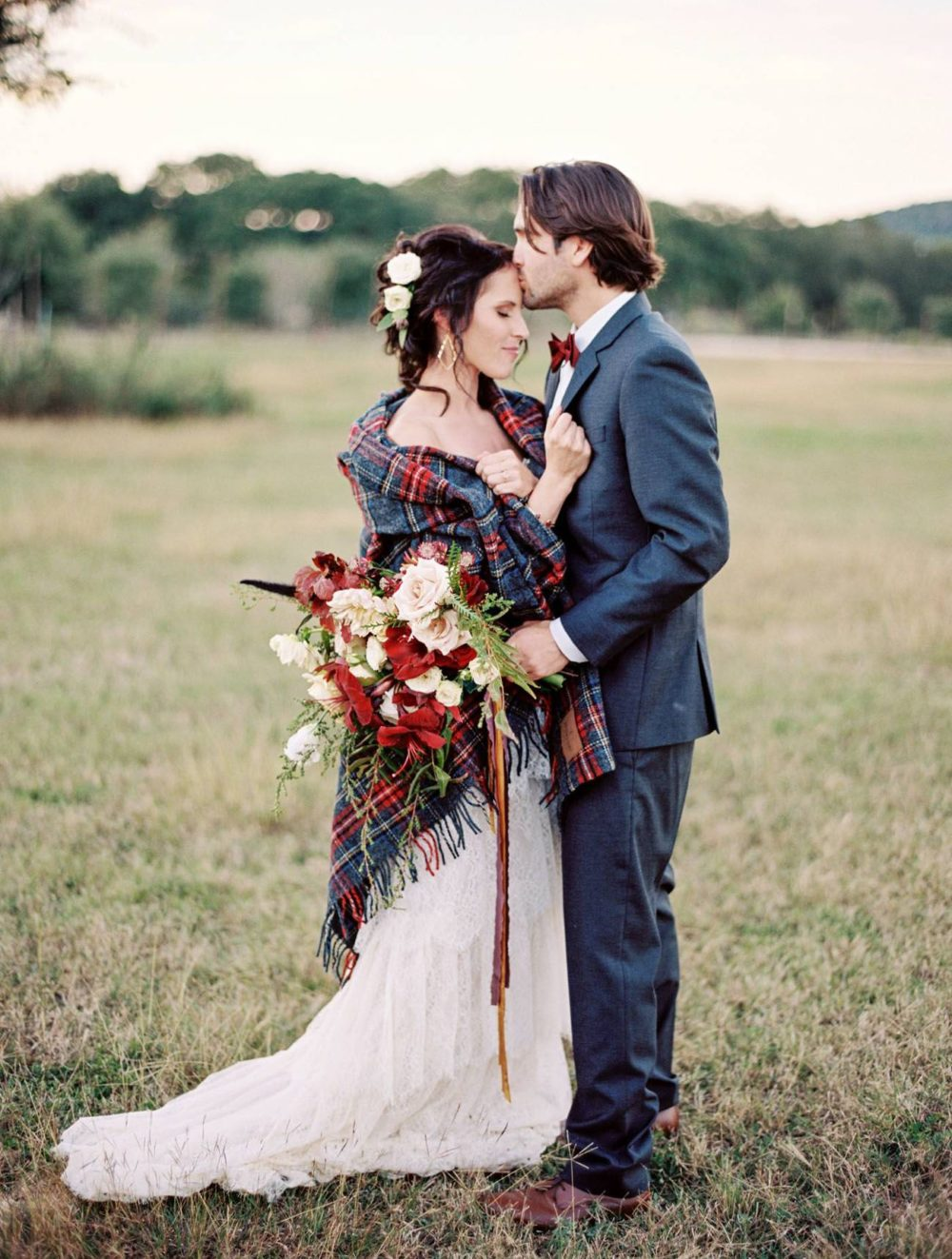 tartan shawl wedding scotland