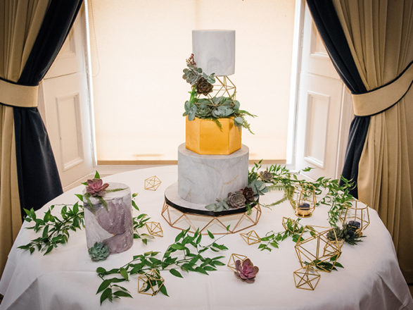 """Featured Image for """"How I got my gold geometric wedding cake!"""""""