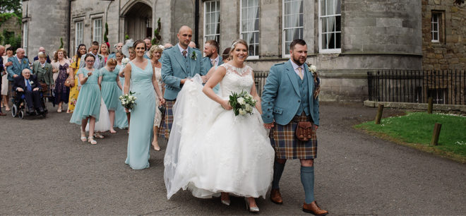 Featured Image for Duck egg blue themed fairytale wedding day at Airth Castle Hotel and Spa, Stirlingshire