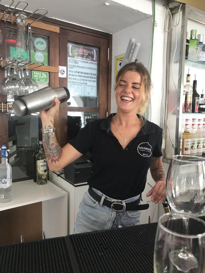 Cocktail making class for hen do at Savannah Ibiza