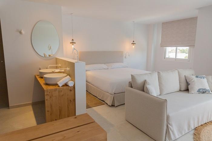 Las-Mimosas-bedroom-ibiza