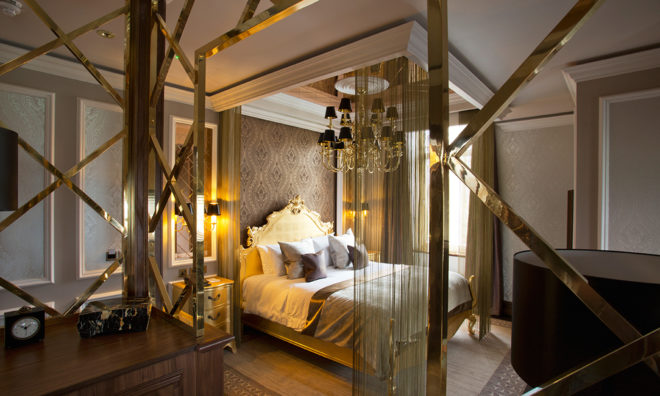 Featured Image for 9 of the most luxurious honeymoon suites in Scotland