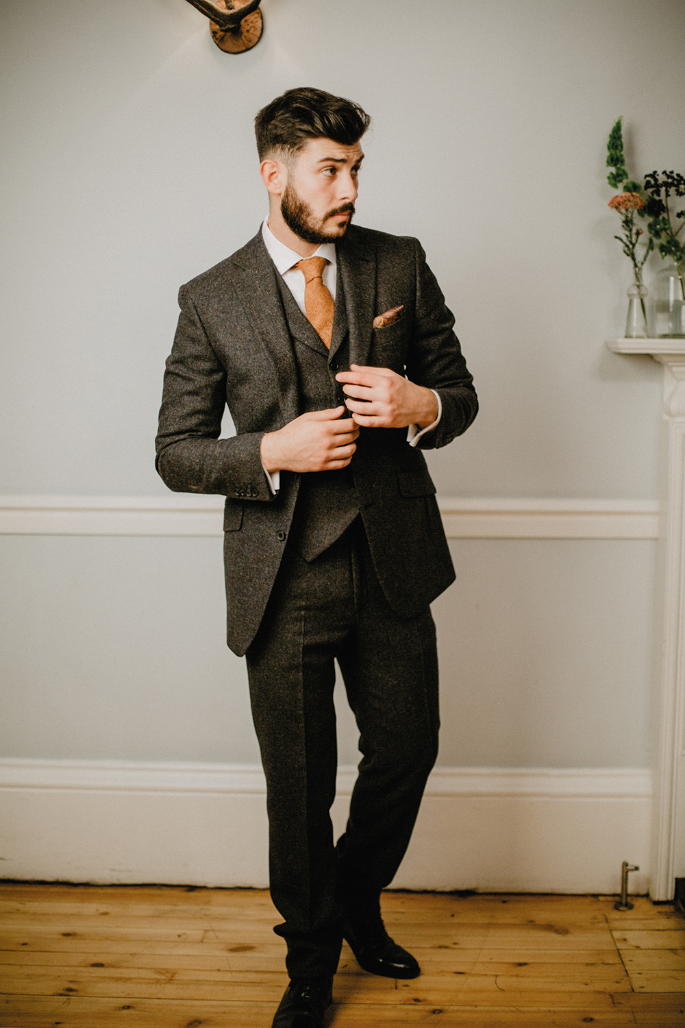 Featured Image for An easy guide to grooms' wedding suits