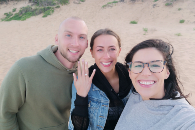 Featured Image for Proposal goals! Unsuspecting bride-to-be's sister flies across the continent to surprise her