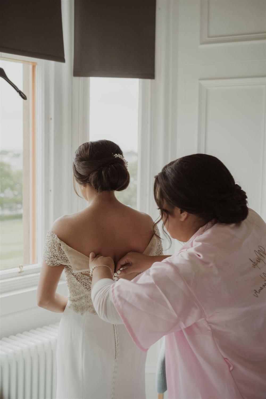 Maureen du Preez - Isle of Lewis wedding