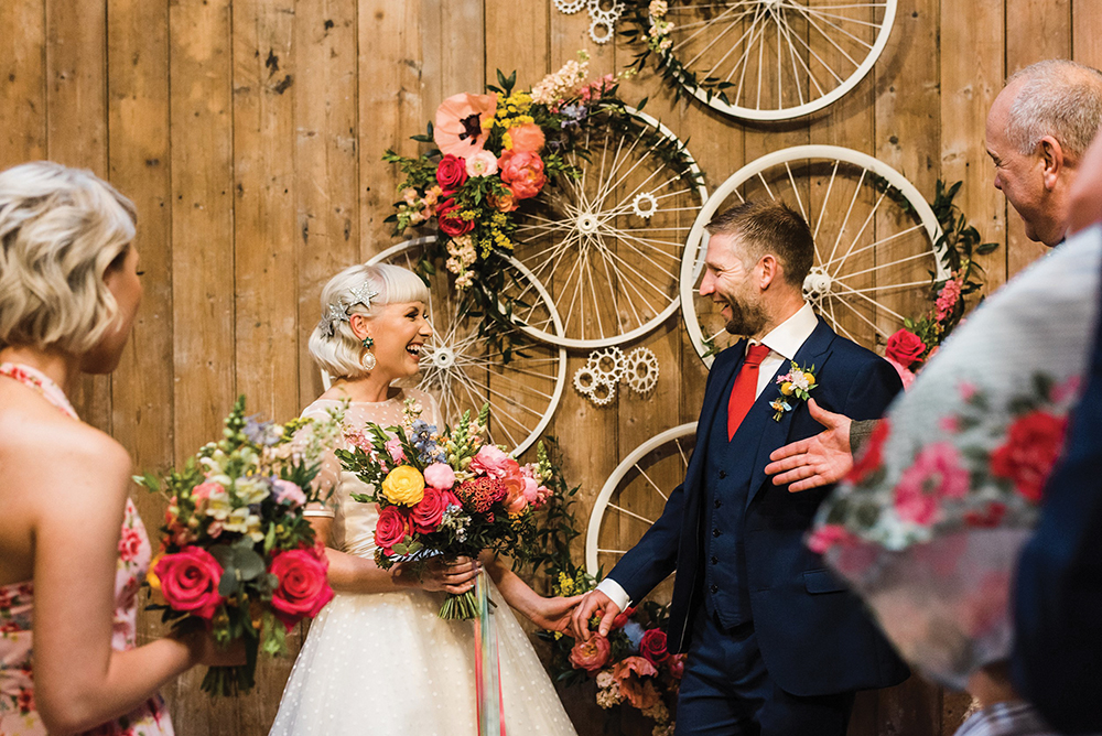 couple at Lemonbox Studios wedding - Photos by Zoe