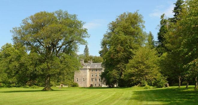 Featured Image for Popular wedding venue Culcreuch Castle Hotel announces closure