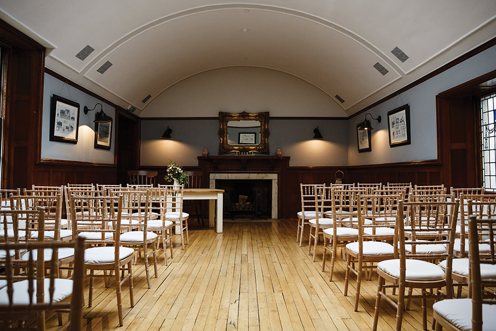 Taypark House - ceremony room