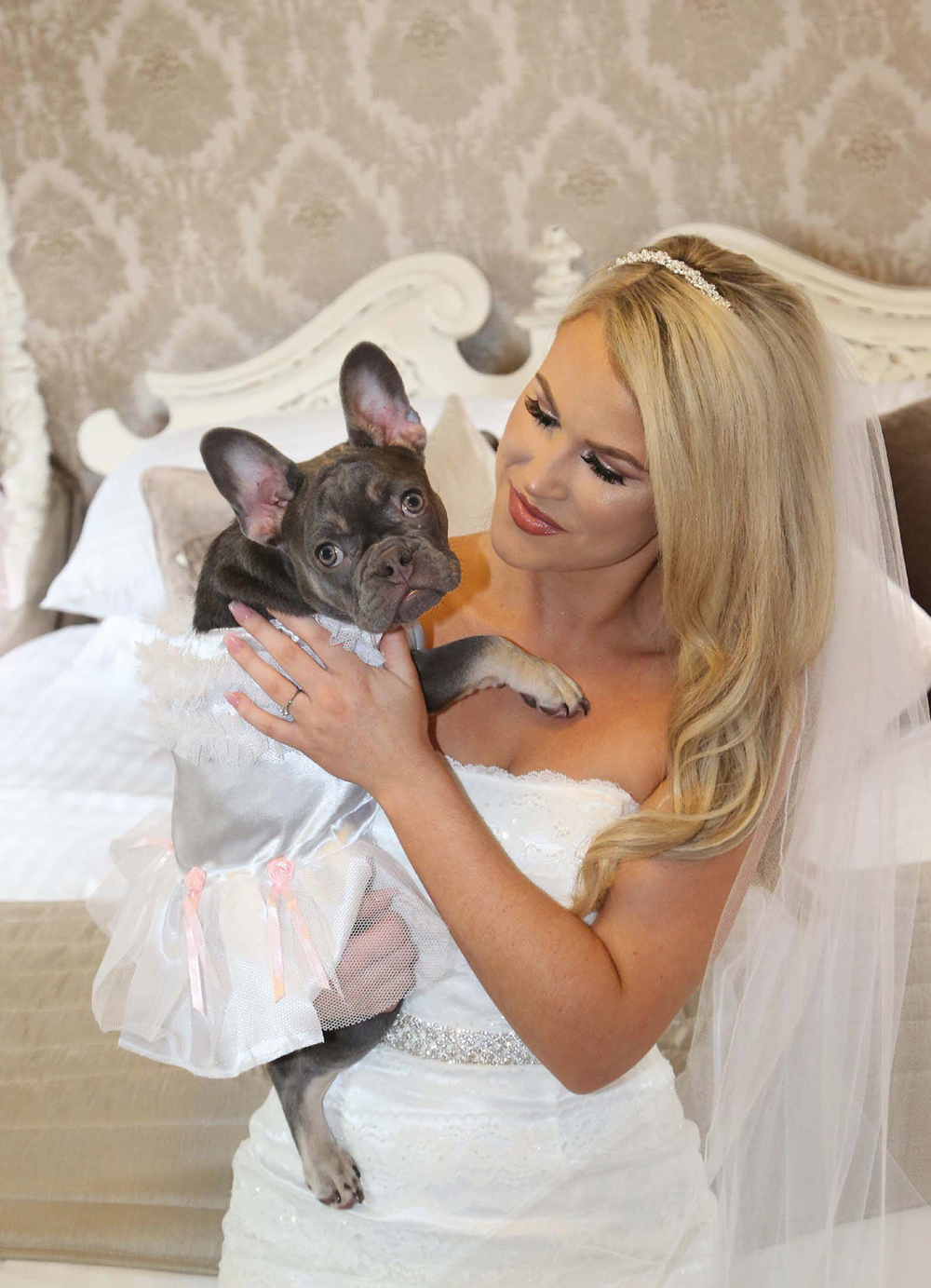 Ryan Mimiec Photography - Chatelherault wedding - Nicky McDonald getting ready