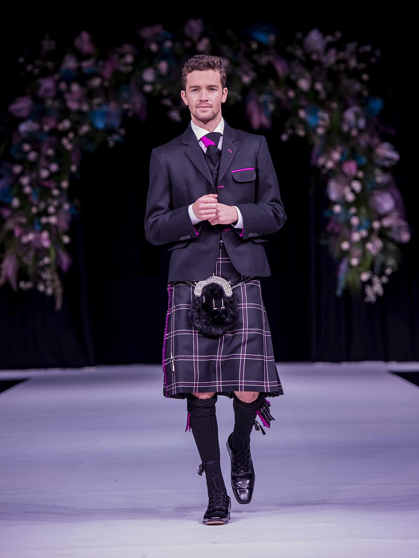 8 Yards Scottish Wedding Show Grooms Kilt Suit