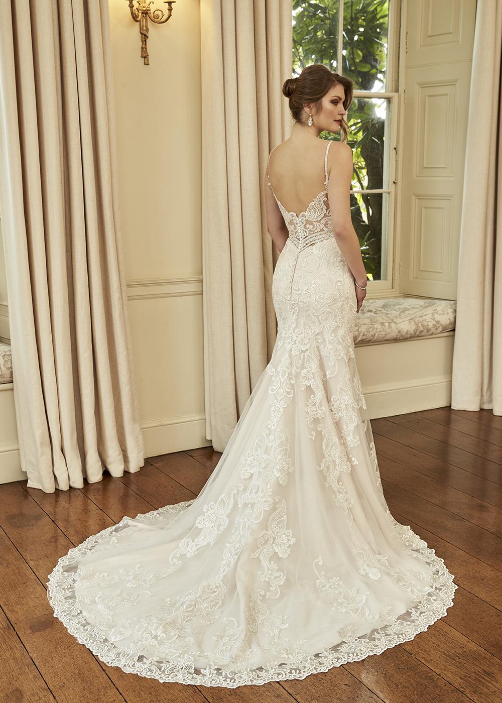 Wedding dress shop Scotland fROX OF fALKIRK