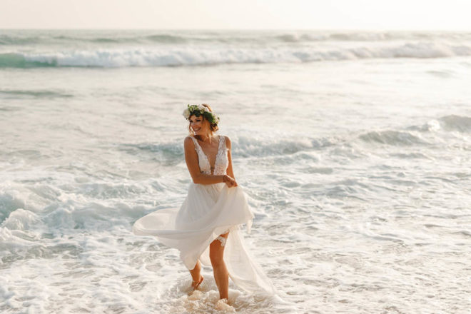 Featured Image for Dress Stories: A lightweight Mirka Bridal Couture wedding dress for a wedding abroad