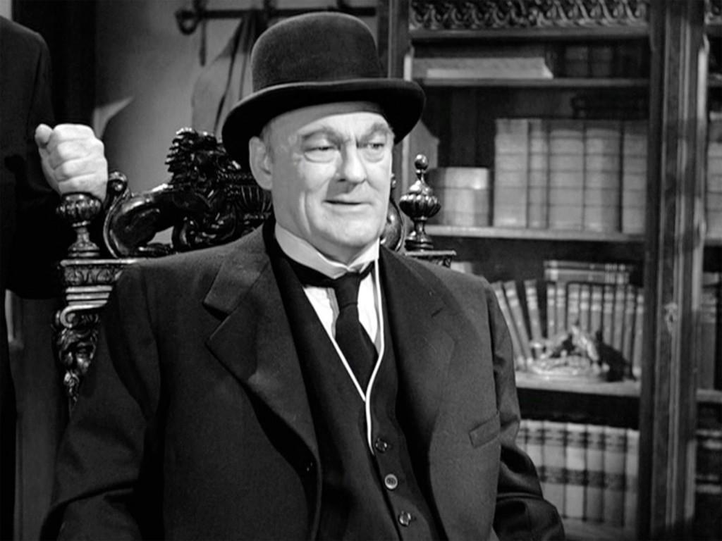 Lionel Barrymore as Henry Potter