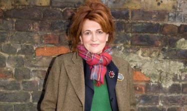 Barbara Dickson.