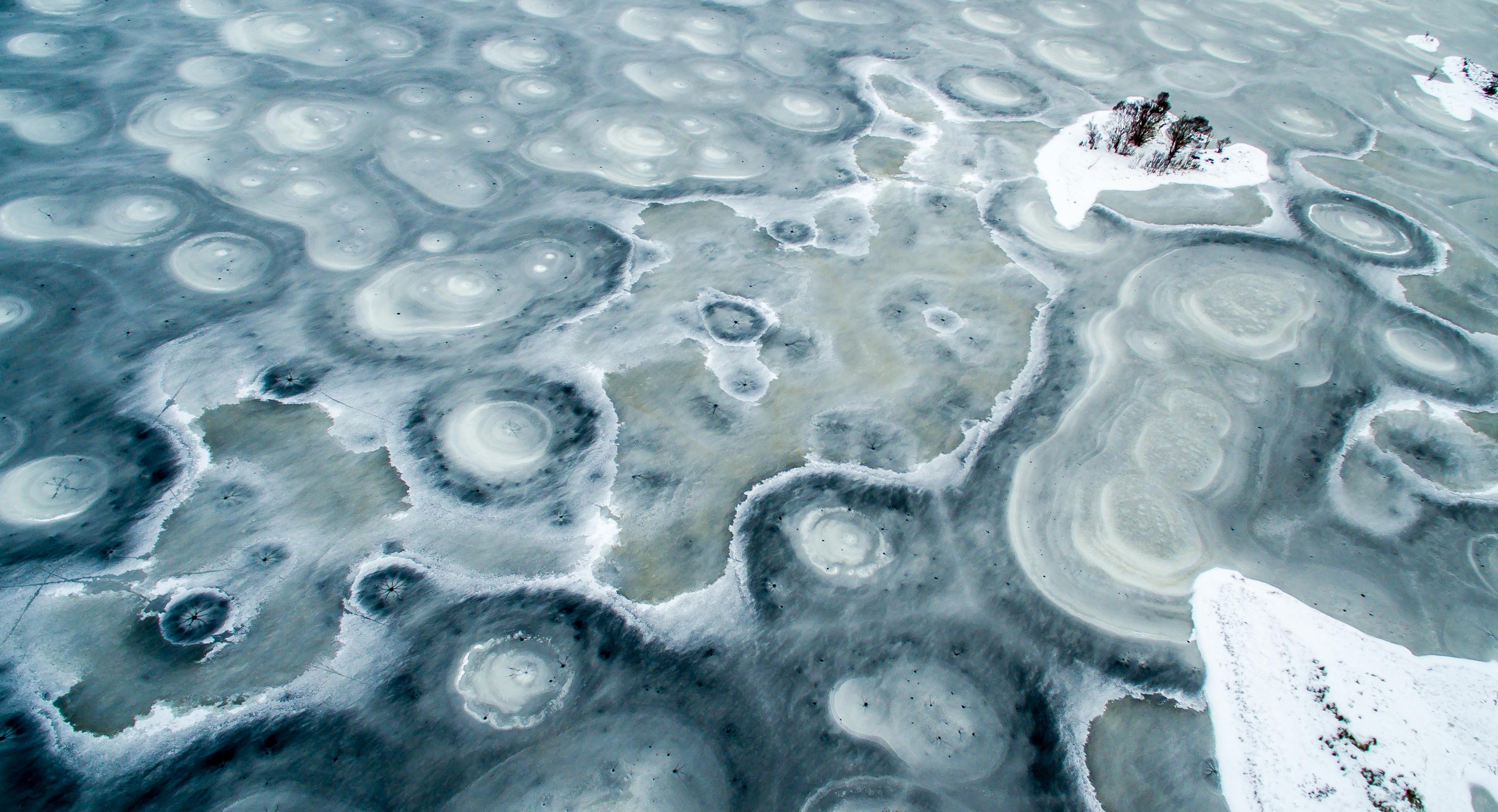 Icy Loch Droma (Liam Anderstrem)