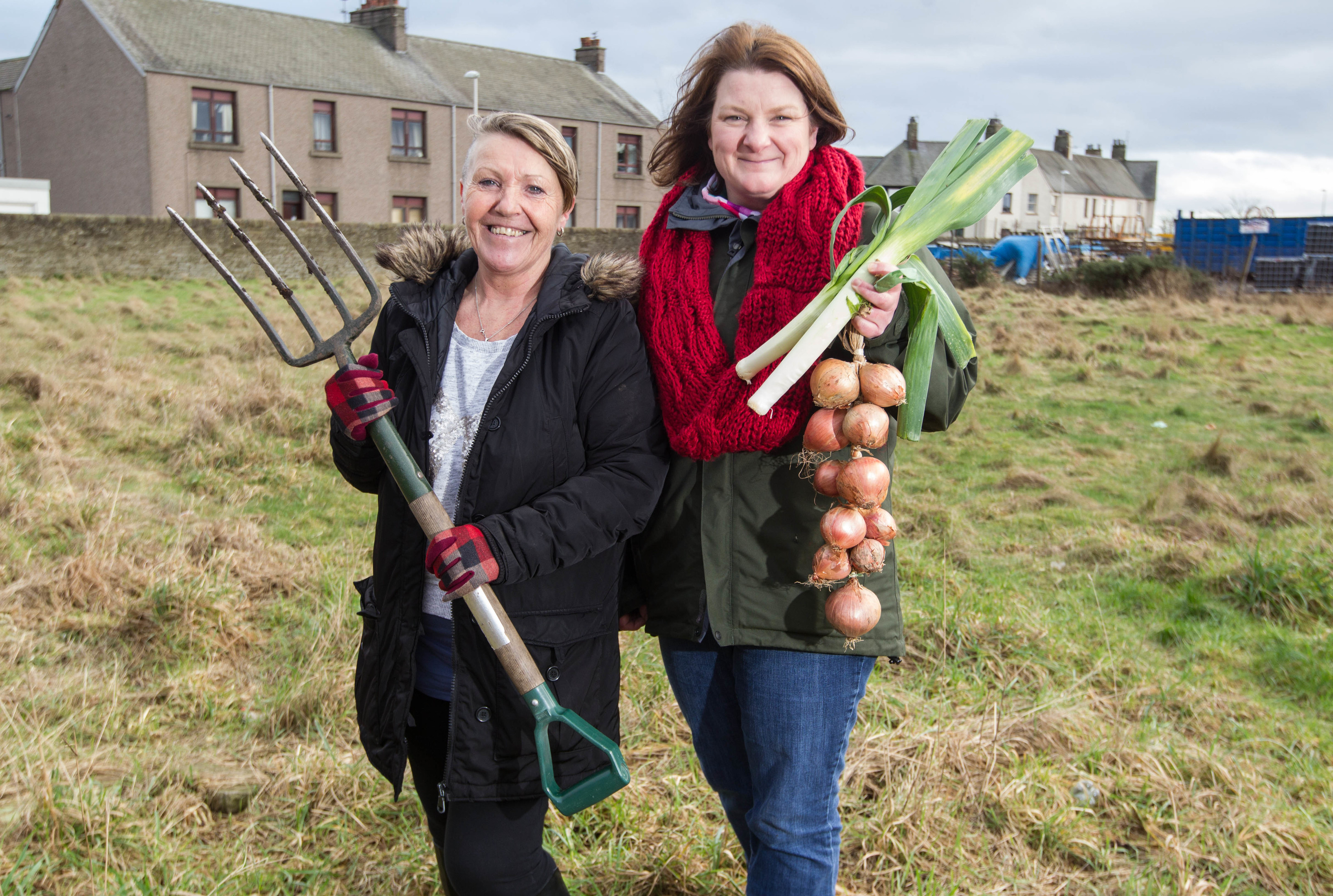 Laura Tierney (left) and Laura May Kennedy have a community garden in Carnoustie (Chris Austin / DC Thomson)