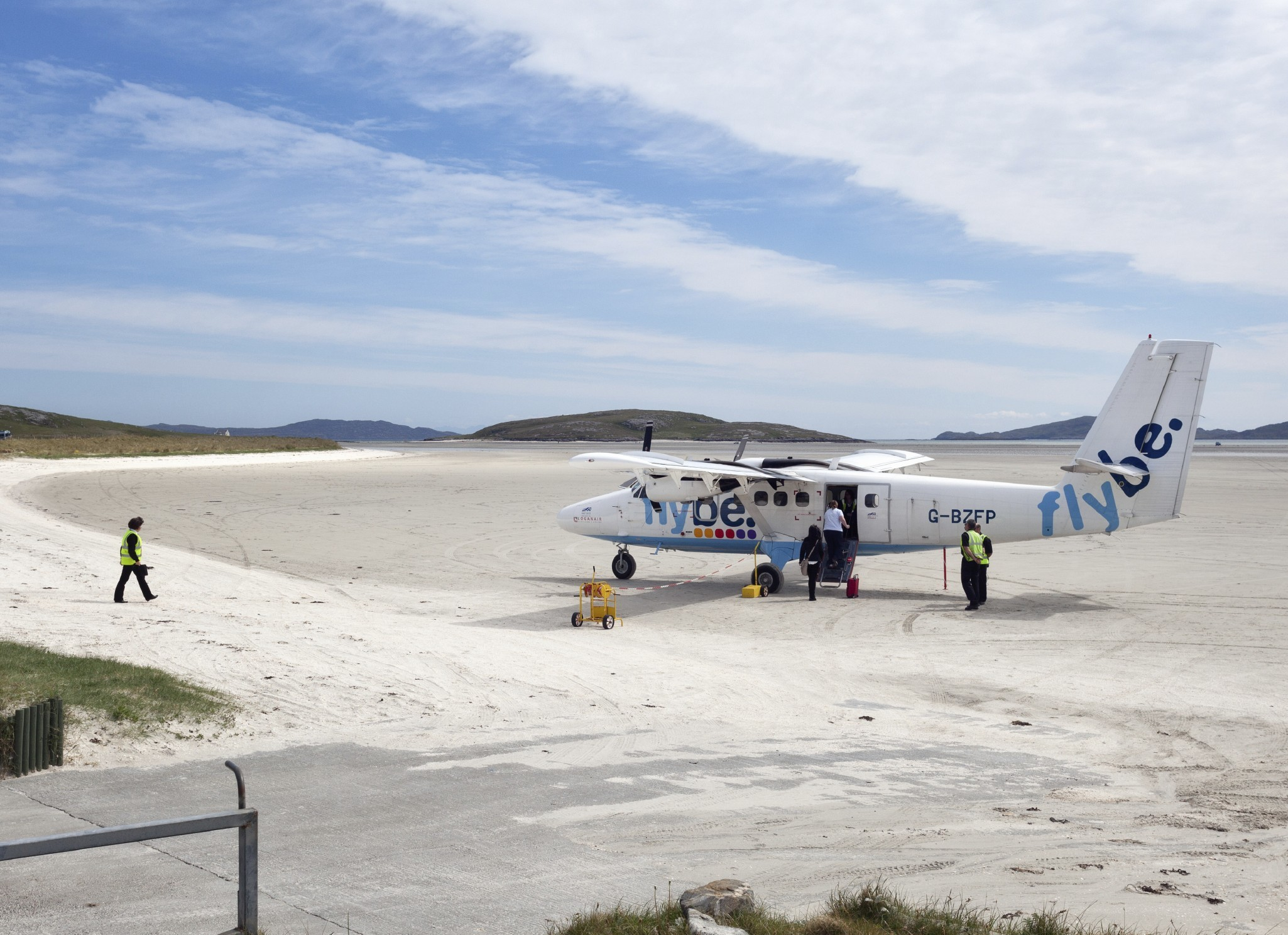 The sandy runway of Barra's airport (Andrea Ricordi)