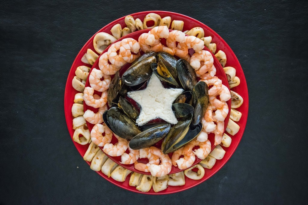 Captain America's seafood shield (Chris Watt / Fish is the Dish)