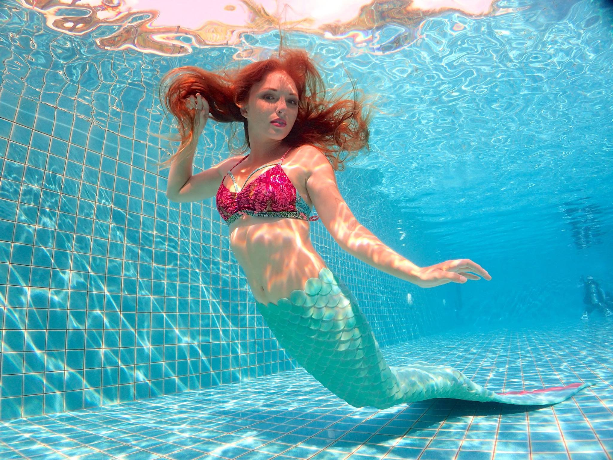 Melanie Long, 25, from Old Kilpatrick, who has made a living from being a professional mermaid.(SWNS)