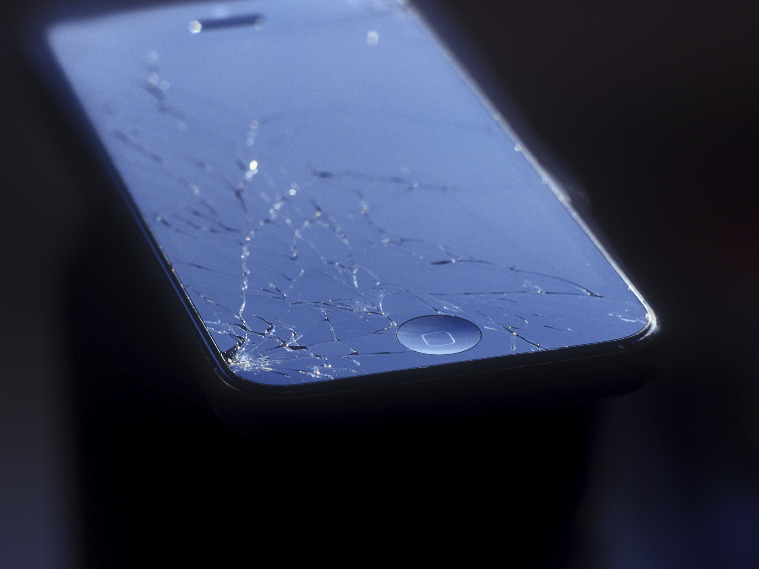 The home button of an iPhone is often replaced when its screen is repaired (mshch)