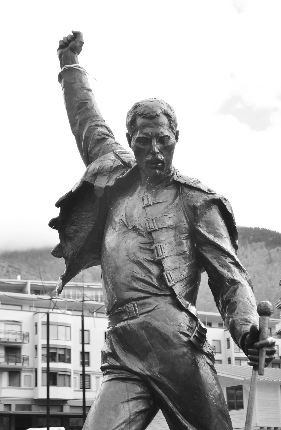 Statue of Freddie Mercury (konstantinks)