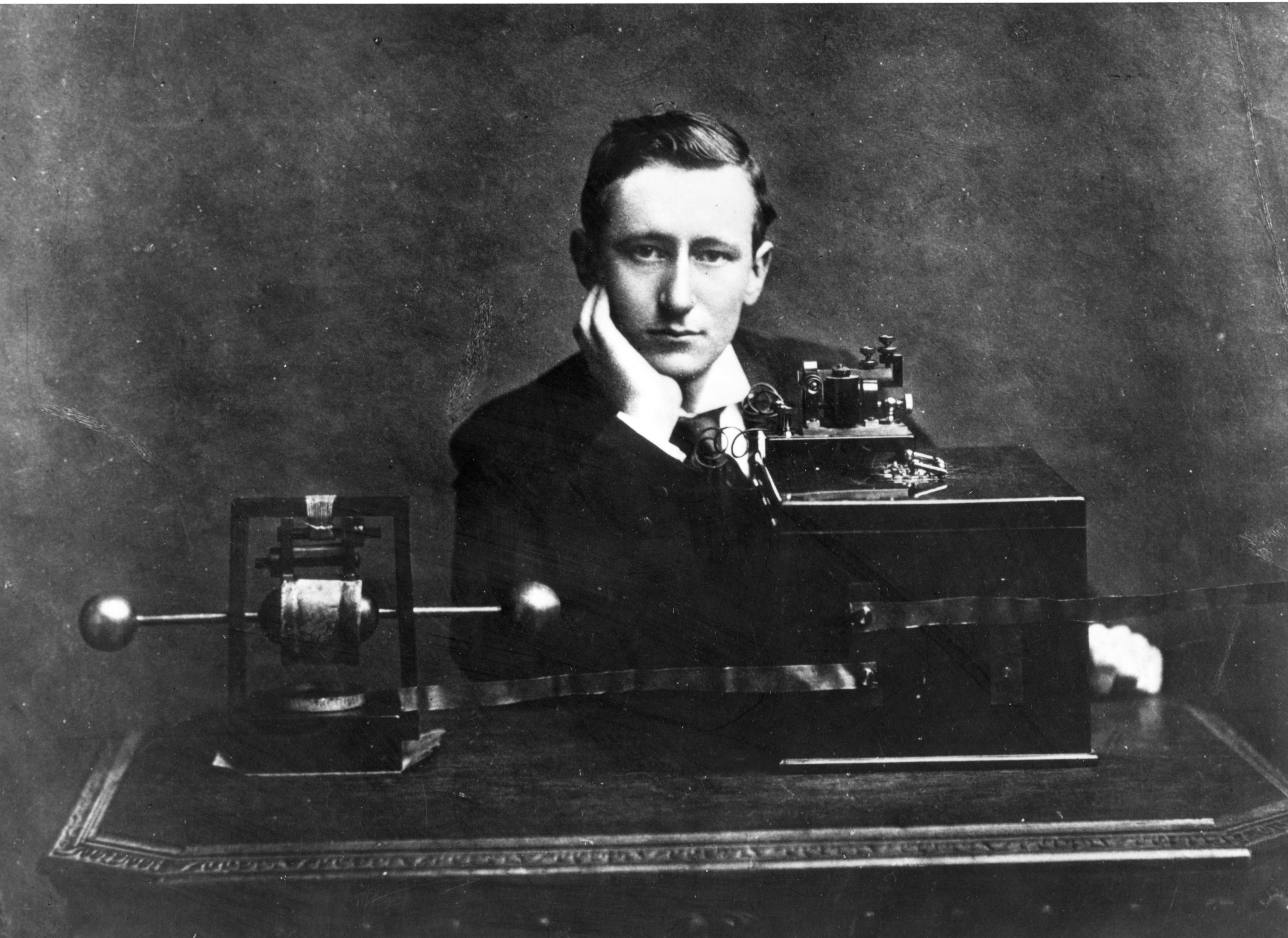Marconi (Hulton Archive/Getty Images)
