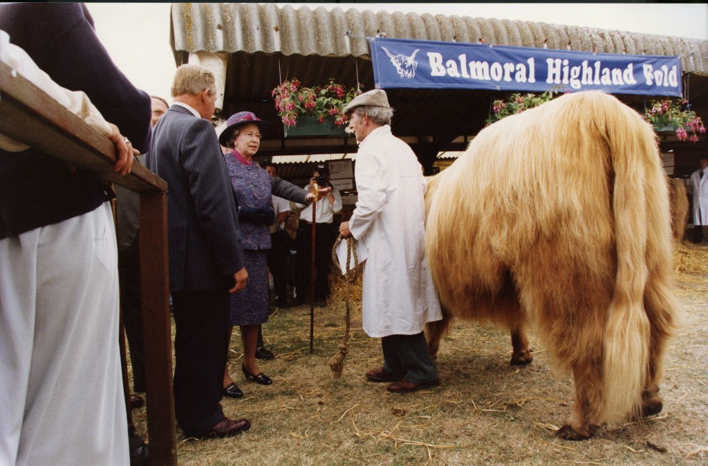 The Queen talks with a farmer whilst visiting the Royal Highland Show, 1992 (DC Thomson)