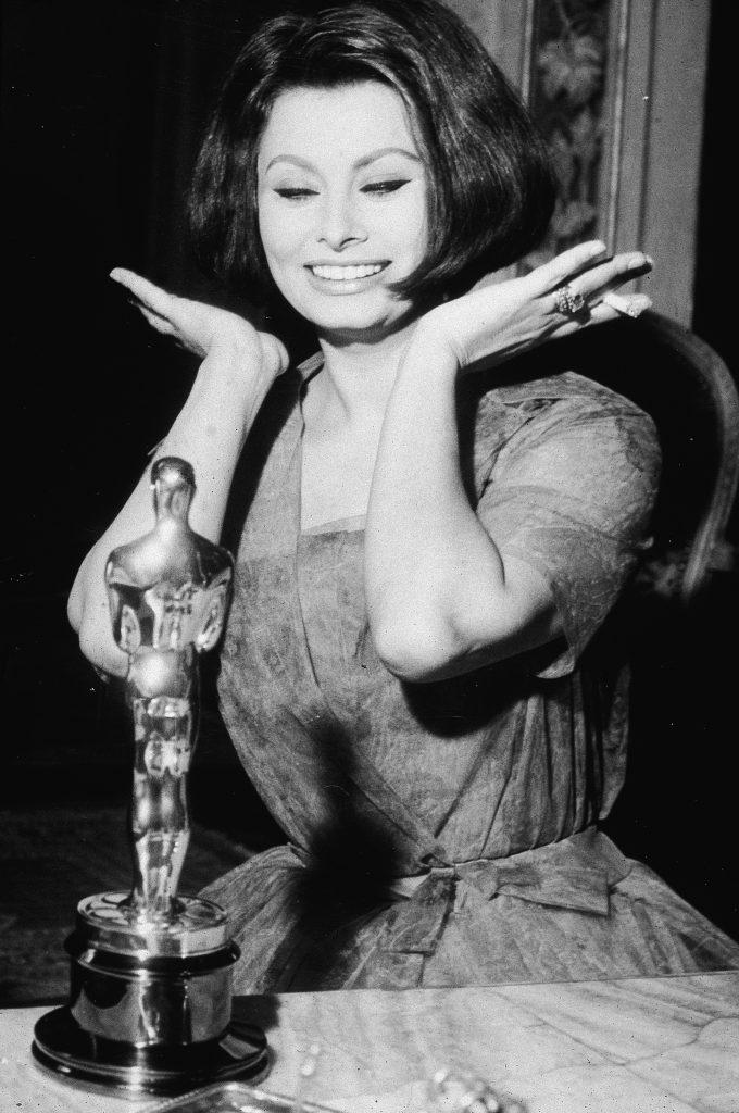 Sophia Loren winning her Best Actress Oscar for the film, 'La Ciociara', April 1962. (Hulton Archive/Getty Images)