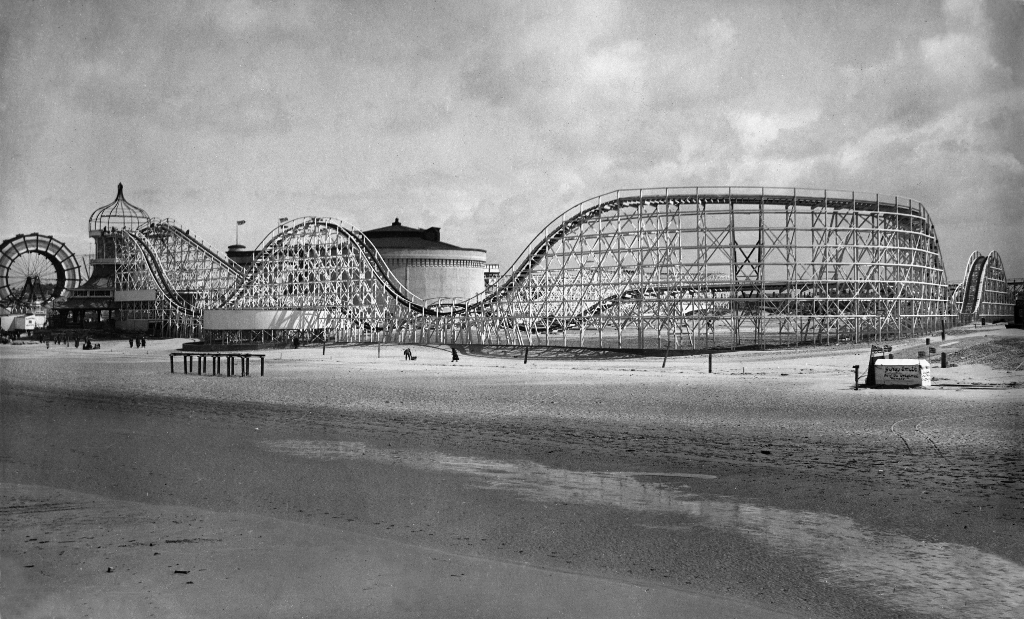 1923: The Big Dipper has been a Blackpool landmark for over a century
