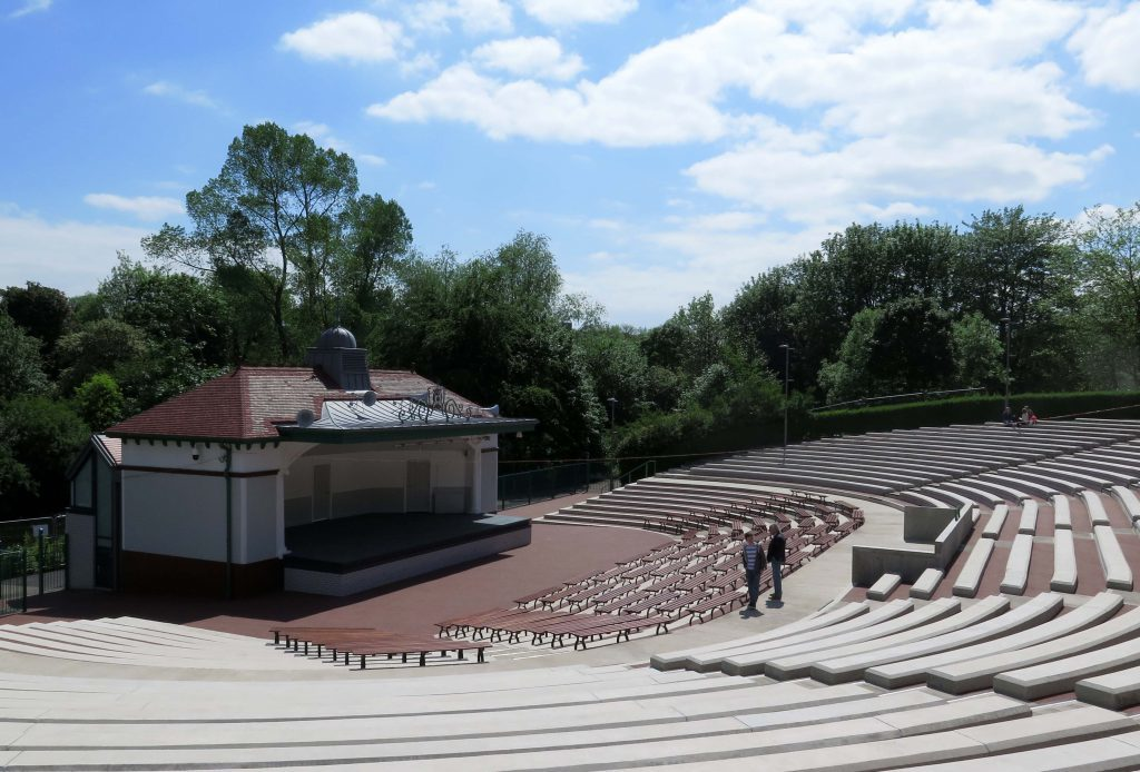 The bandstand is an intimate venue (Barrie Marshall / DC Thomson)