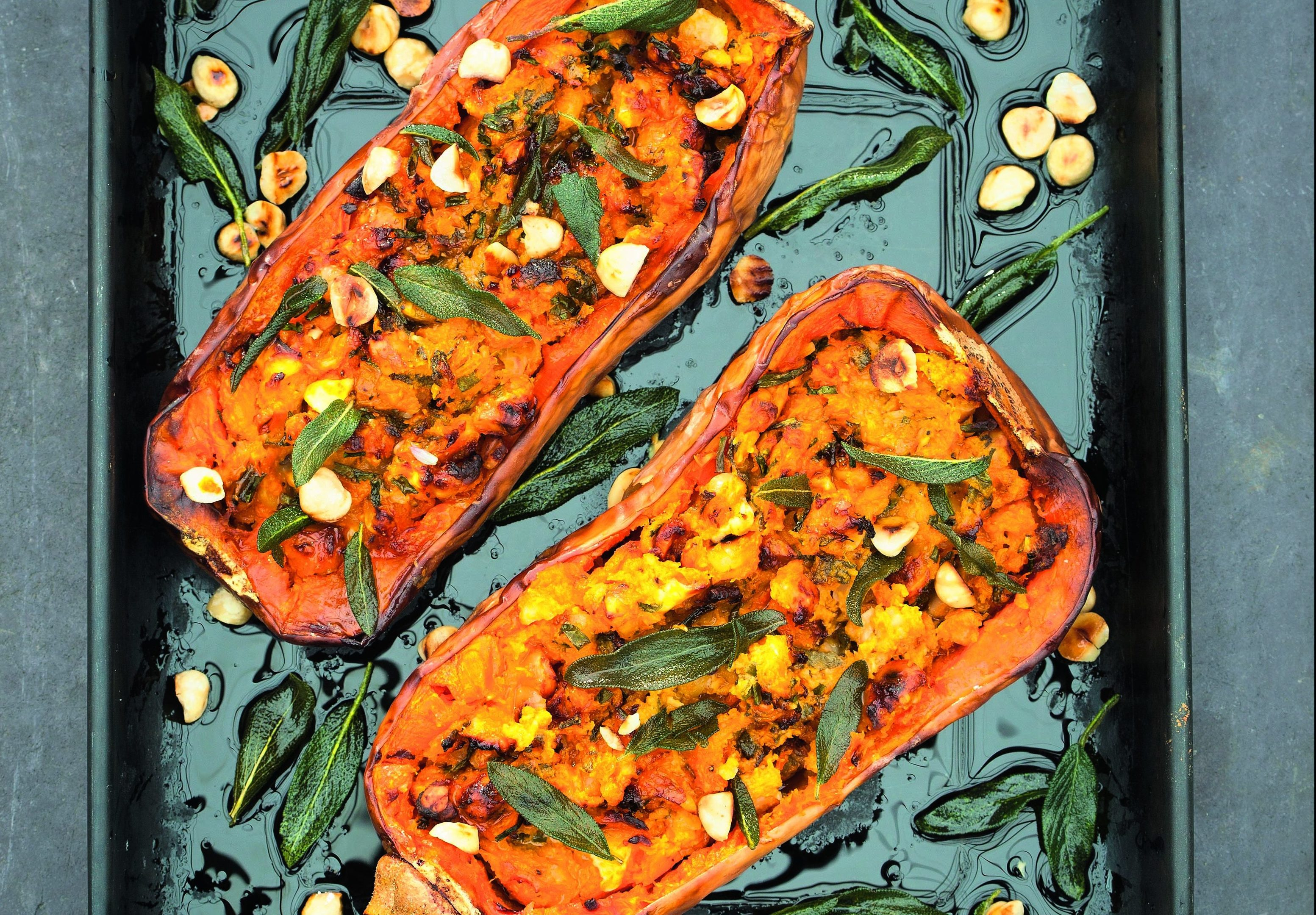 Stuffed butternut squash ( Sarah Raven's Good Good Food: Recipes to Help You Look, Feel and Live Well)