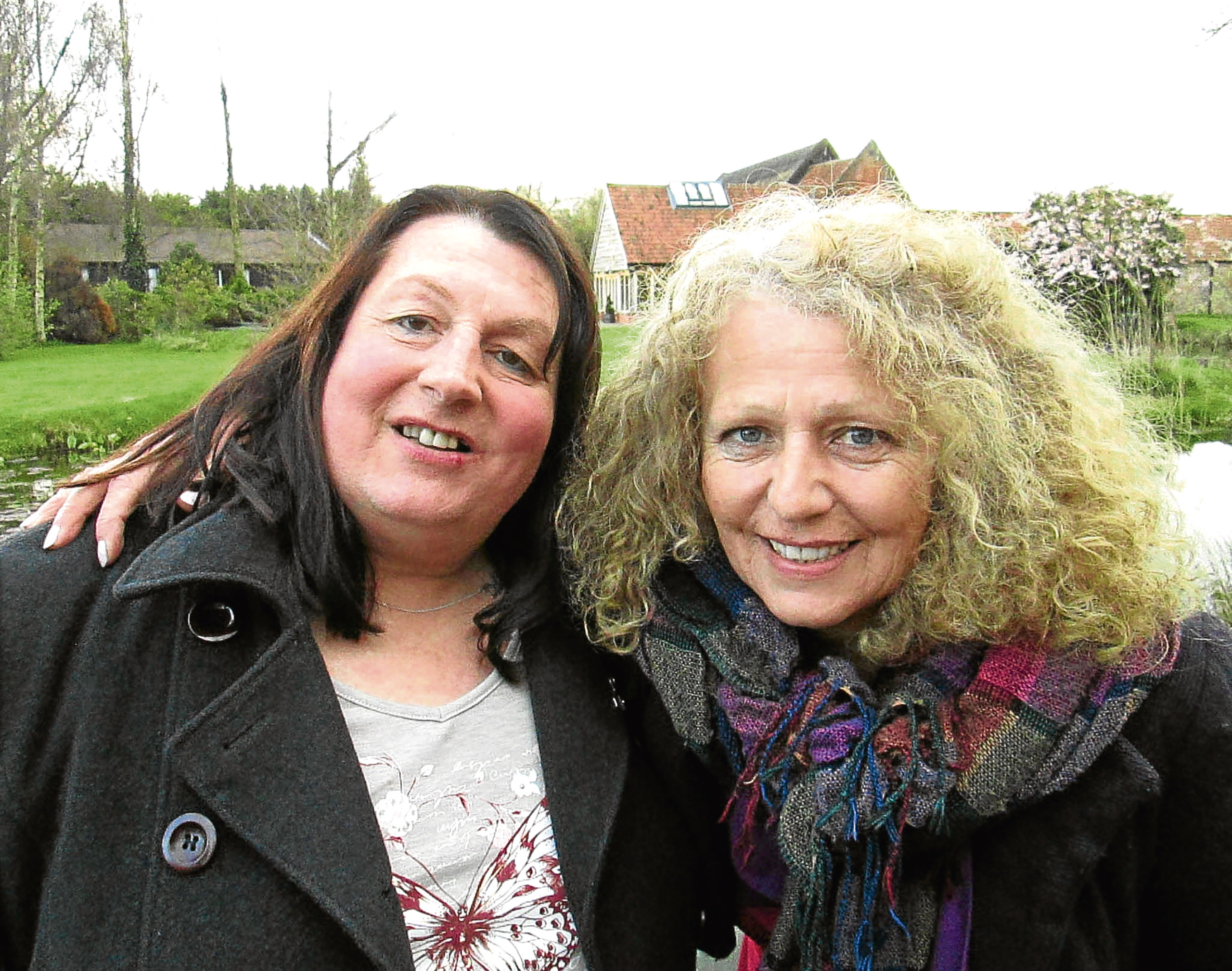 Vanda James (right) is reunited with her sister Debbie (left) (Wall to Wall)