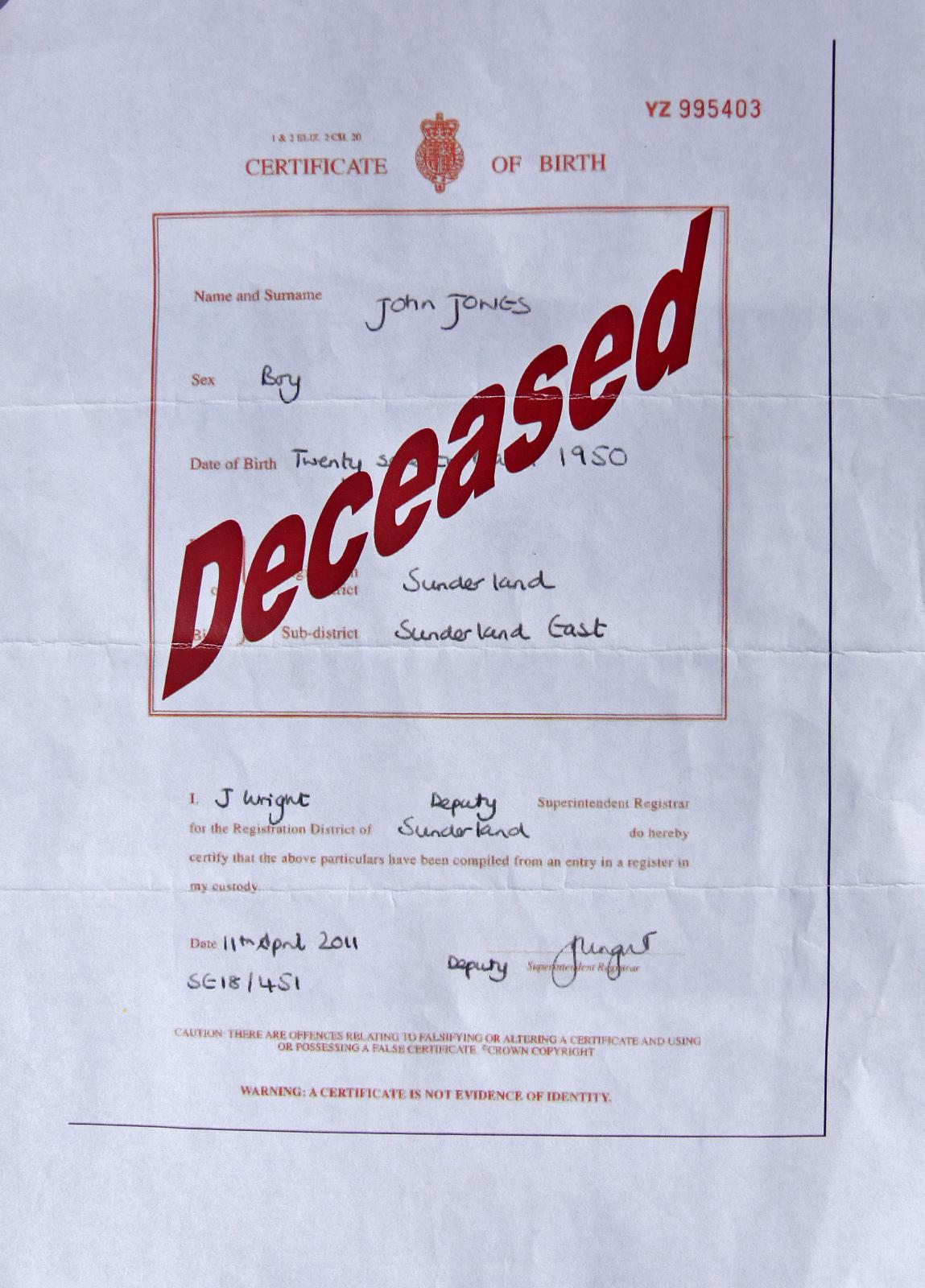 Alfie Jones' brother's birth certificate (Adrian Don)