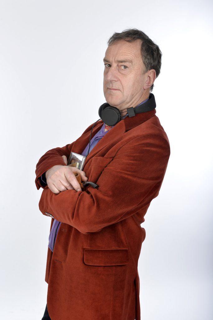 Angus Deayton (Steve Ullathorne)