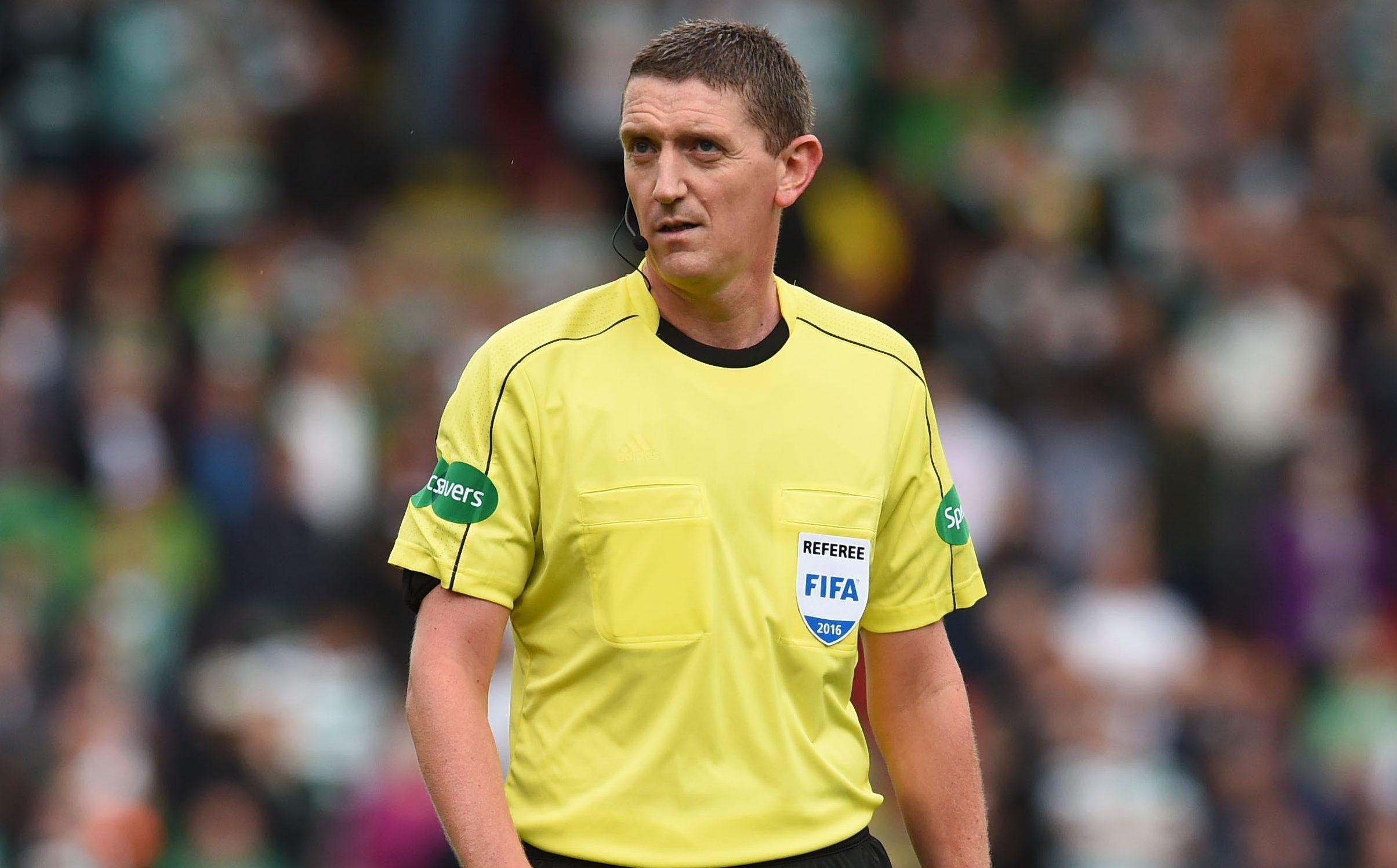 Referee Craig Thomson (SNS Group)